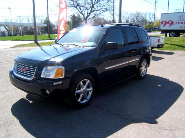 2007 GMC Envoy very clean inside and out has a moon roof power seat windows locks tilt cruise load
