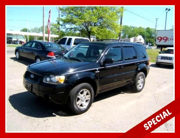 2005 Ford Escape limited editionl 4x4 has a moon roof leather interior power seats windows locks ti