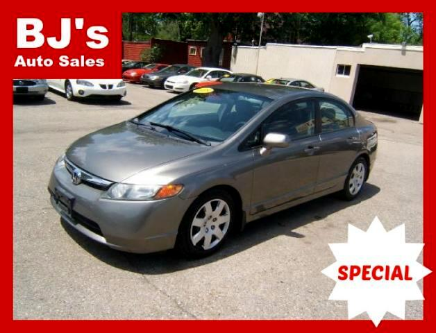 2008 Honda Civic very sharp a ONE OWNER CAR only 117k miles on it power windows locks tilt cruise