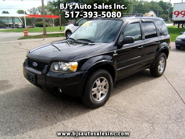 2005 Ford Escape has 4x4 FOR WINTER moon roof heated seats leather windows locks tilt cruise power
