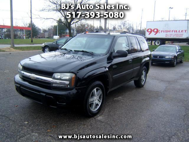 2005 Chevrolet TrailBlazer very clean SUV power moon roof windows locks tilt cruise cd player load