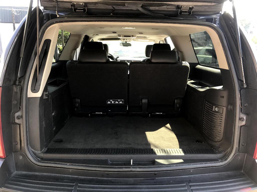 2011 Chevrolet Suburban LT 1500 4WD