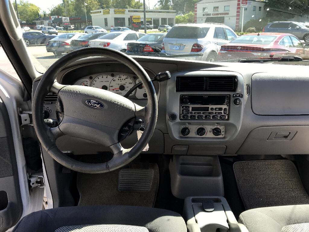2003 Ford Explorer Sport Trac XLS 2WD