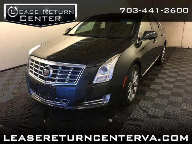 2014 Cadillac XTS Luxury With Pano Roof and Navigation