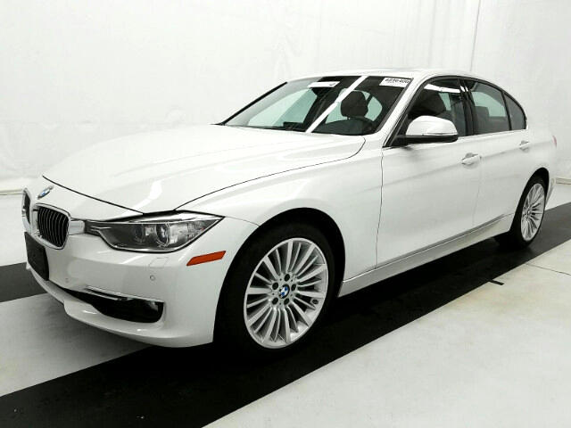 2014 BMW 3-Series 335i xDrive Sedan Luxury Line