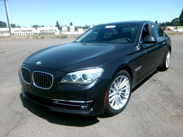 2013 BMW 750i 750i