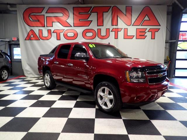 2007 Chevrolet Avalanche LT 4X4 AUTO V8 HEATED LEATHER MOONROOF LOADED!