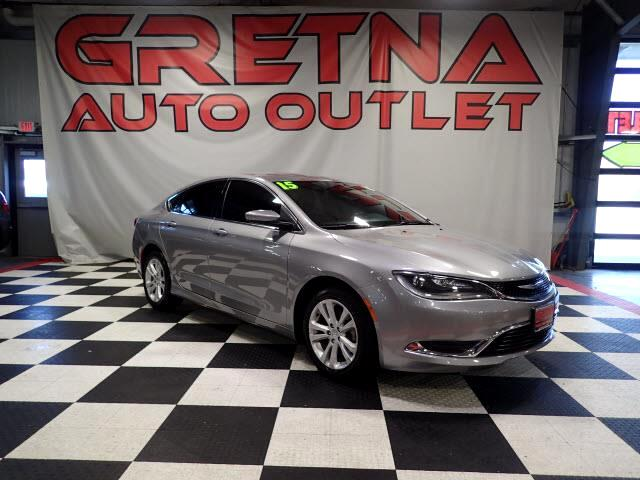 2015 Chrysler 200 LIMITED AUTO SEDAN LOW MILES 59K FULLY LOADED!