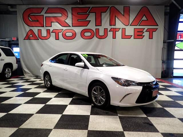 2015 Toyota Camry SE LIKE NEW ONLY 44K MILES! BLUETOOTH/BACK UP CAM!