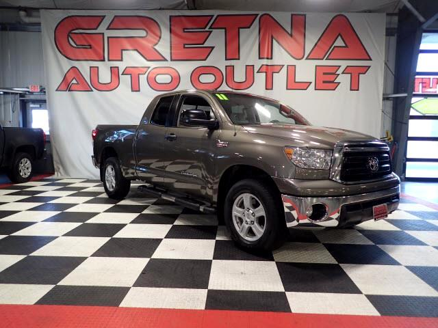 2011 Toyota Tundra DOUBLE CAB 4X4 WELL MAINTAINED! LEATHERED UP TRUCK