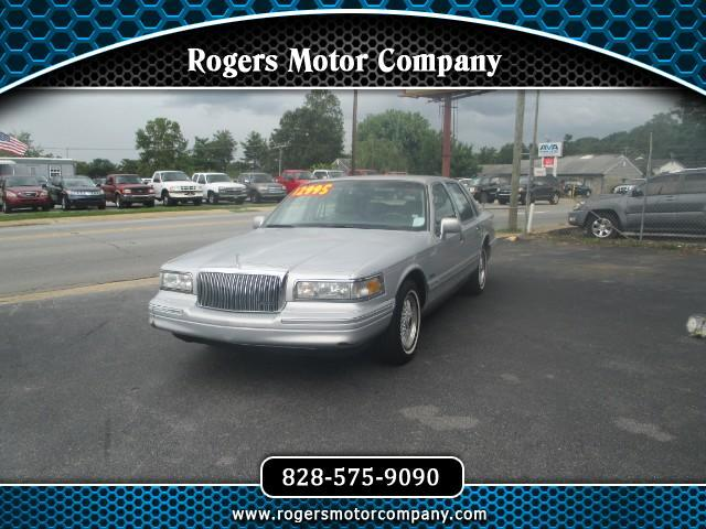 1997 Lincoln Town Car Signature