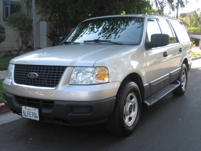 2004 Ford Expedition 4X4 No Accidents Navigation DVD 3rd Row Seat Extra Clean Looks Sharp Runs And