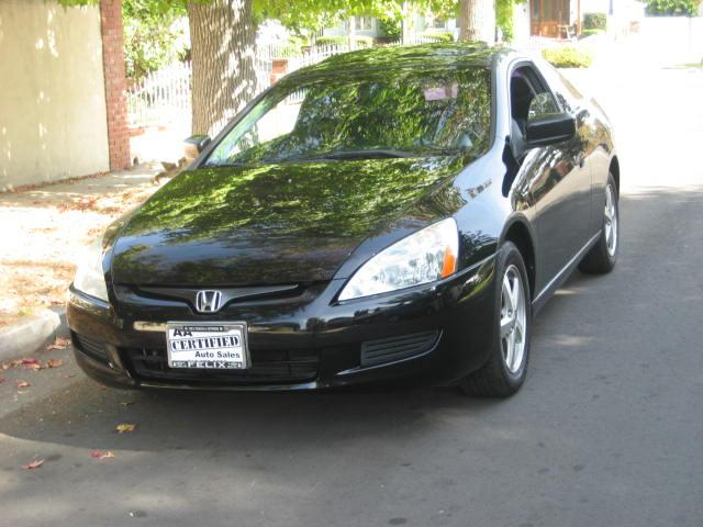 2005 Honda Accord Extra Clean NO ACCIDENTS Inspected and Serviced Included in the price 60 Days or 3