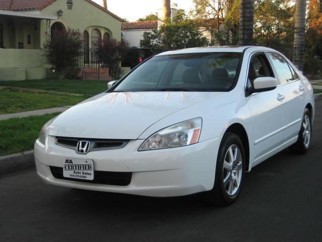2005 Honda Accord Extra Clean Navigation Leather Moon Roof Clean Title Cash Price Financing Availab