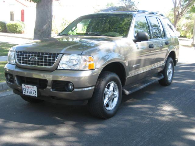 2004 Ford Explorer One Owner No Accident Clean Title Leather Third Row Seat Automatic Trans Looks