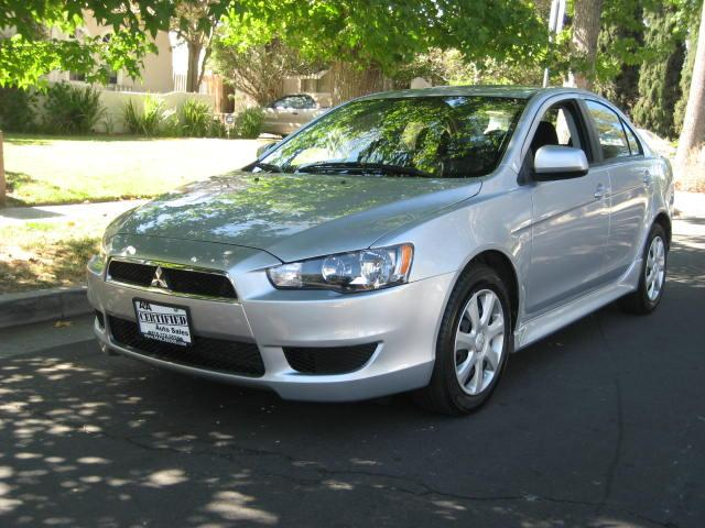 2012 Mitsubishi Lancer This is a VERY CLEAN 2012 Mitsubishi Lancer ES Sedan Silver with Black Interi