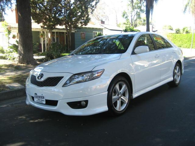 2011 Toyota Camry Extra Clean Great Bargain Clean Title Looks Sharp Runs And Drives Perfect Price