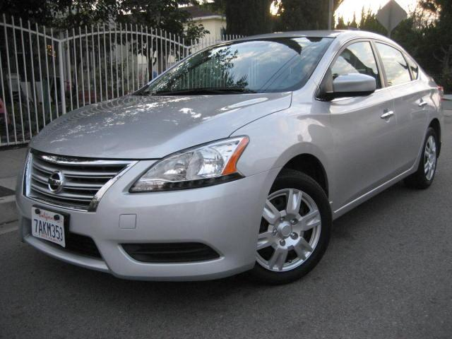 2013 Nissan Sentra This 2013 Nissan Sentra SV Sedan is a ONE OWNER VEHICLE ONLY 36K MILES Silver w