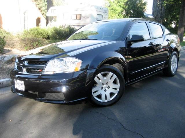 2012 Dodge Avenger This 2012 Dodge Avenger is Dark Blue with Black Interior UP TO 29 MPG Only 25K