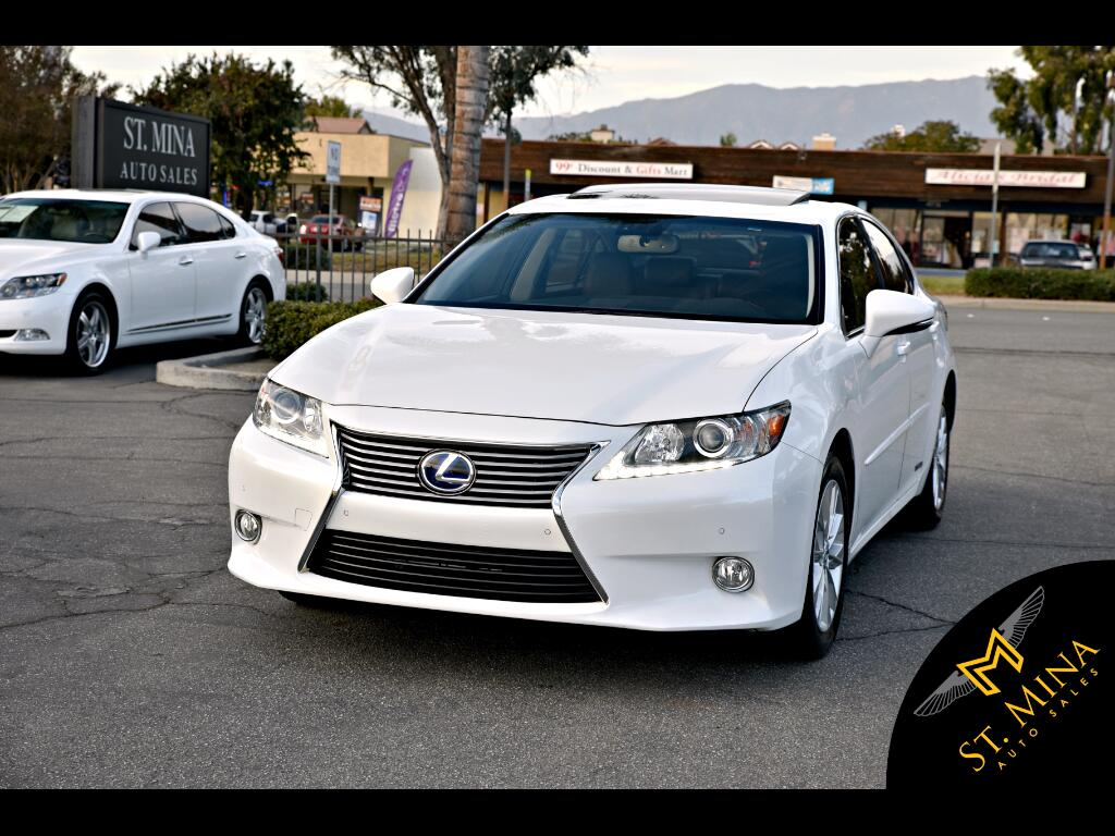 2013 Lexus ES 300h Luxury Sedan