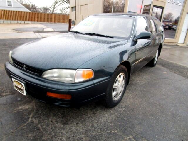 1995 Toyota Camry Wagon LE V6
