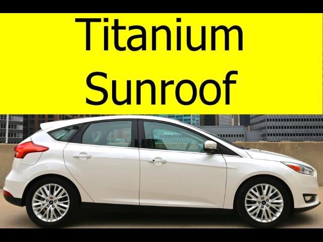 2016 Ford Focus Titanium Hatchback SUNROOF HEATED SEATS