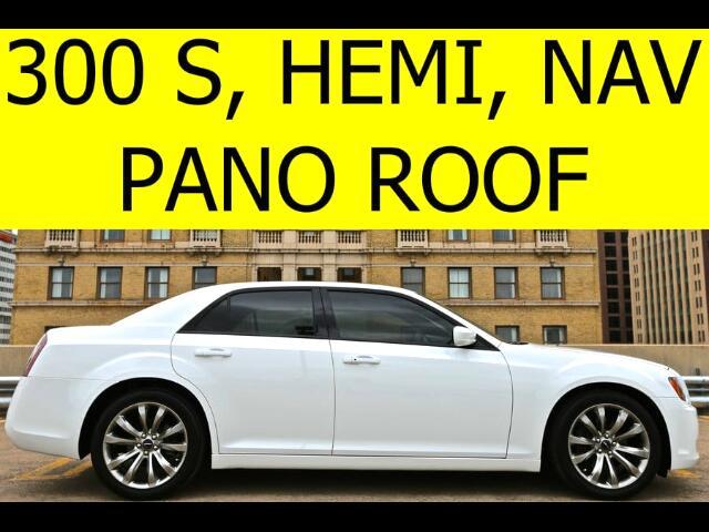 2014 Chrysler 300 S HEMI PANO ROOF