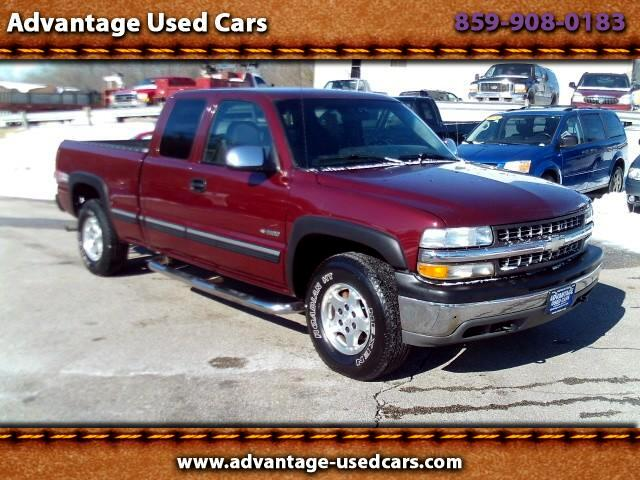 2001 Chevrolet Silverado 1500 LS Ext. Cab Long Bed 4WD