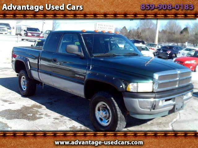 1999 Dodge Ram 2500 Club Cab 6.5-ft. Bed 4WD