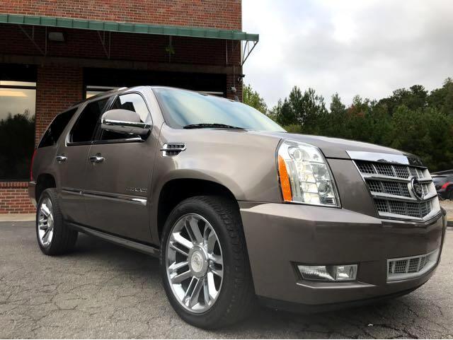 2011 Cadillac Escalade 2WD Platinum