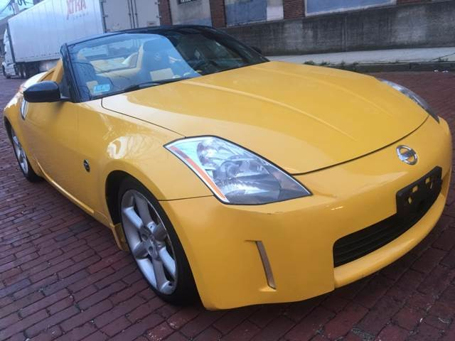 2005 Nissan 350Z Enthusiast Roadster