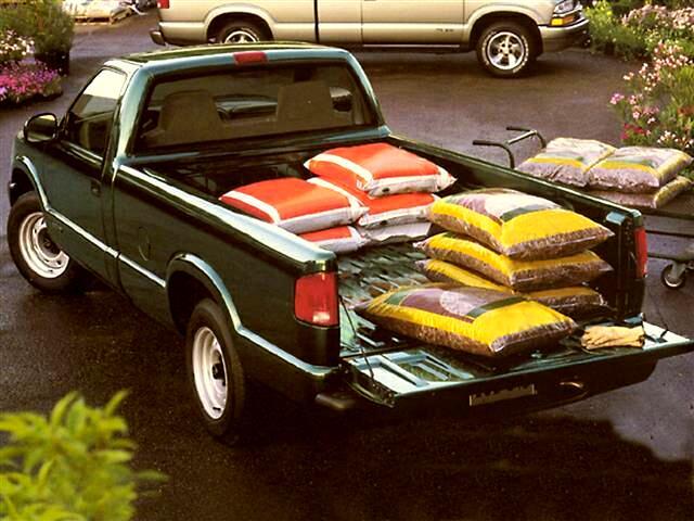 1999 Chevrolet S10 Pickup LS