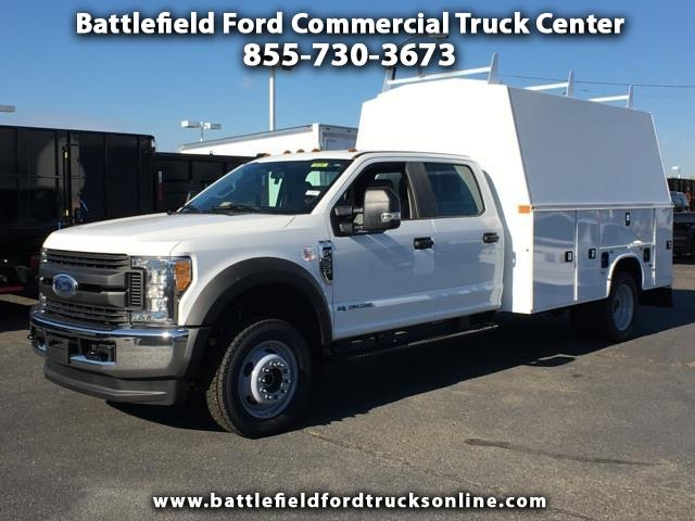 2017 Ford F-550 4WD Crew Cab w/Enclosed Service Body