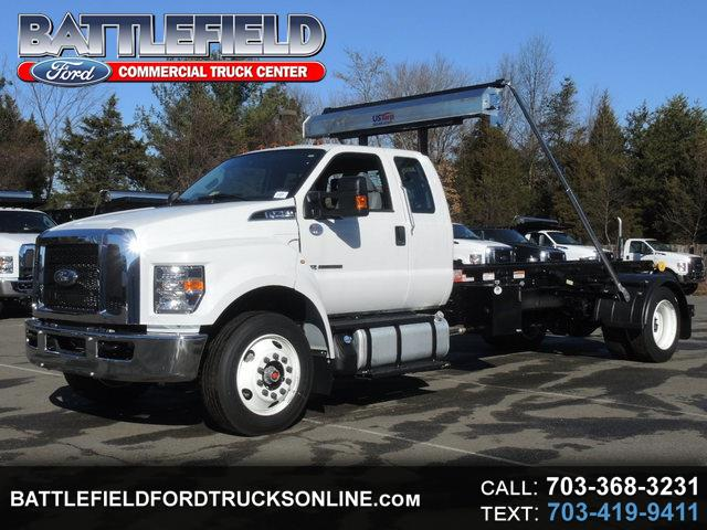 2017 Ford F-750 SuperCab w/ Switch-N-Go