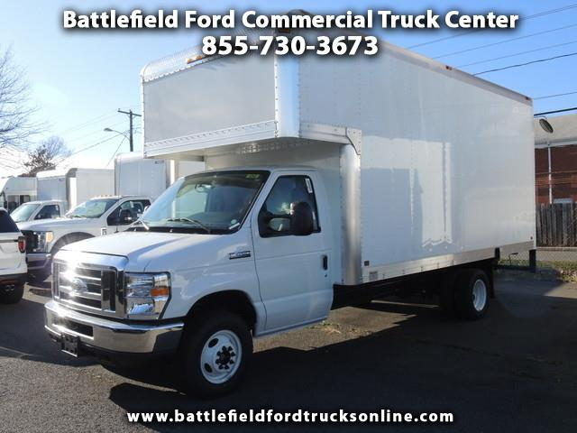 2018 Ford Econoline E-450 DRW w/ 17' Dry Freight