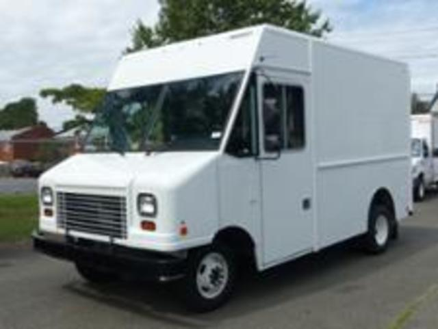 2018 Ford E350 10' Step Van