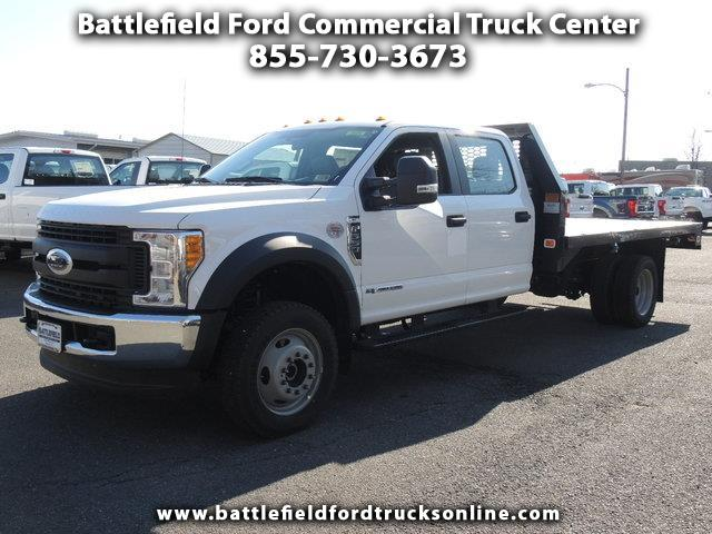 2017 Ford F-550 4WD Crew Cab