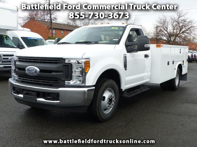2017 Ford F-350 SD Reg Cab 4x2 XL w/11' Utility Body