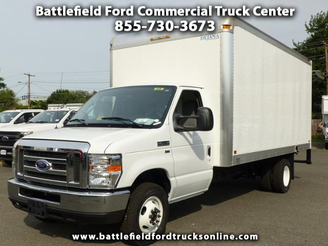 2017 Ford F-350 SD Commercial Cutaway w/16' Dry Freight Body