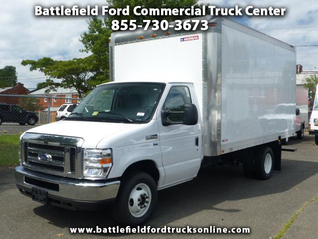 2017 Ford F-350 SD Commercial Cutaway w/14' Dry Freight Body