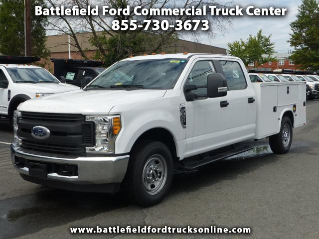 2017 Ford F-350 SD Crew Cab 4x2 XL w/9' Utility Body