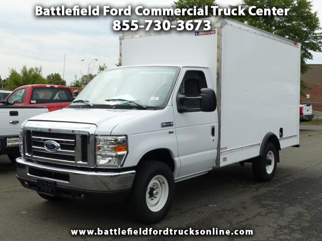 2017 Ford F-350 SD Commercial Cutaway w/12' Dry Freight Body
