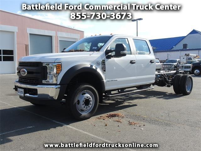 2017 Ford F-450 SD 2WD Crew Cab Chassis