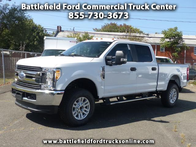 2017 Ford F-250 SD 4WD Crew Cab SHORT BED