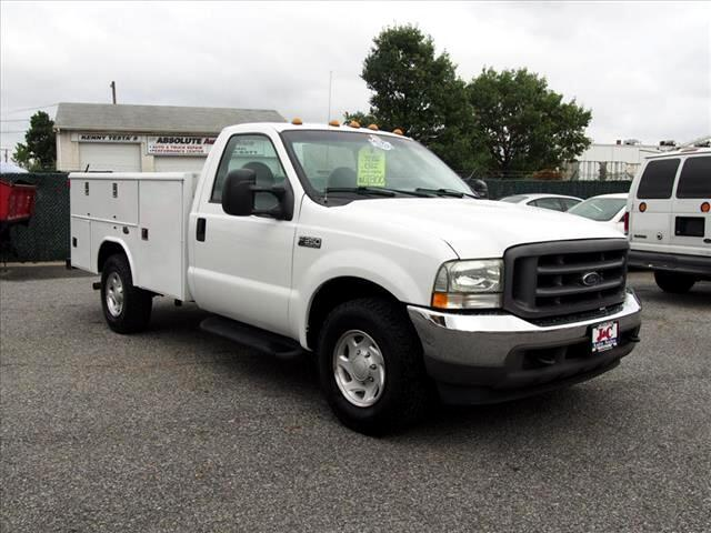 2004 Ford F-350 SD XL 2WD