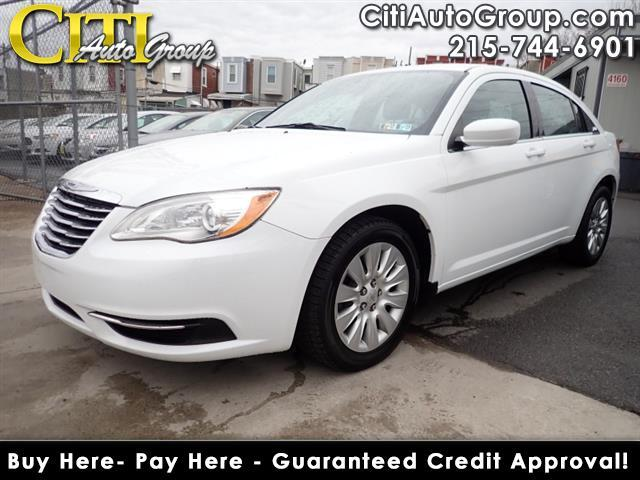 2014 Chrysler 200 LX 4dr Sedan