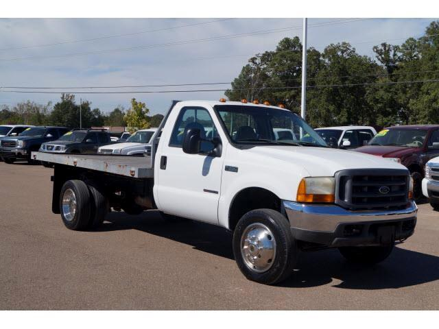 2000 Ford F-550 Regular Cab 2WD DRW