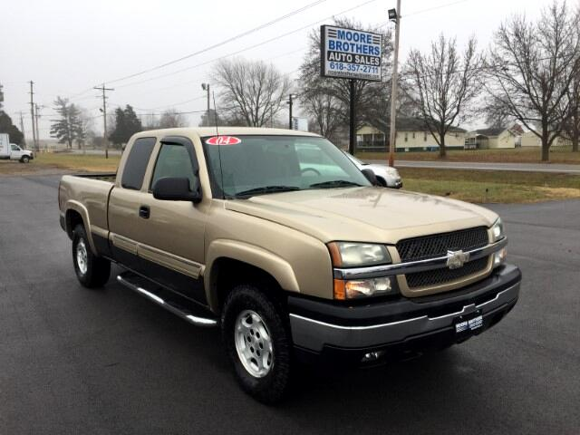 2004 Chevrolet Silverado 1500 LT Ext. Cab 4-Door Short Bed 4WD