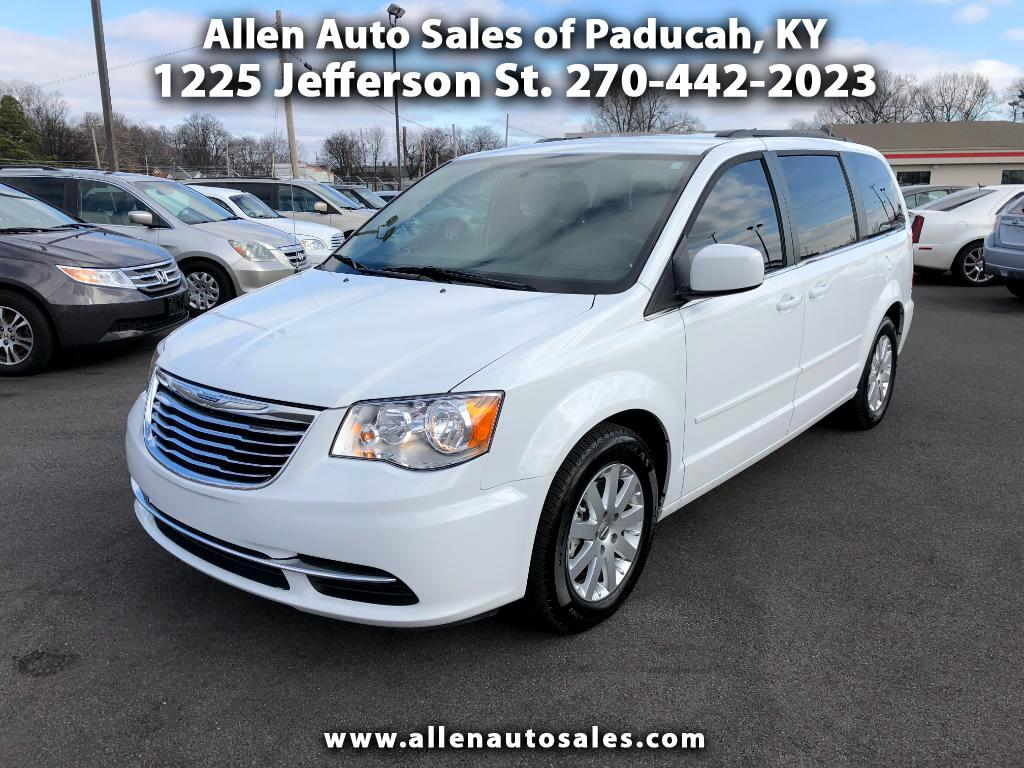 2016 Chrysler Town & Country LX