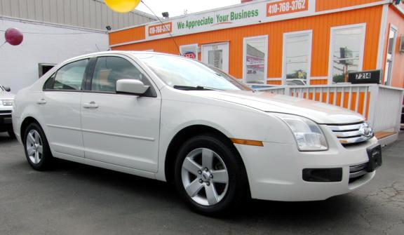 2008 Ford Fusion Visit Guaranteed Auto Sales online at wwwguaranteedcarsnet to see more pictures o